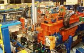 Máquina de hidroforming