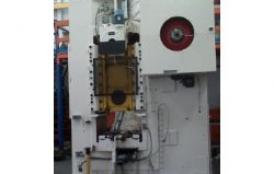 Reparación de prensa de rodillera de 1000 Tn